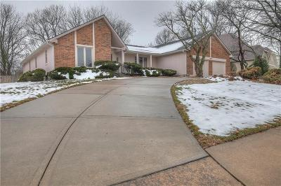 Single Family Home Sold: 12000 Summit Street