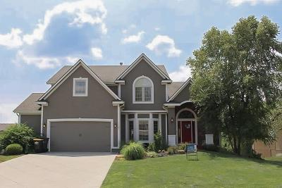 Basehor Single Family Home Contingent: 15305 Pine Ridge Road