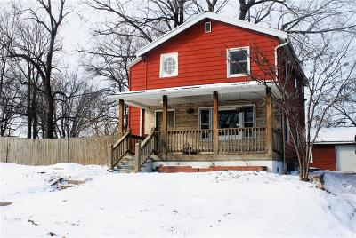 Kansas City Single Family Home For Sale: 5032 N Bellaire Avenue