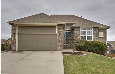 Kansas City Single Family Home For Sale: 9017 NE 103rd Terrace