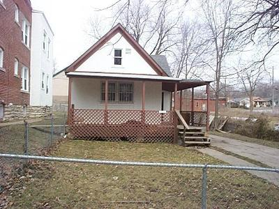 Kansas City Single Family Home For Sale: 2628 E 10th Street