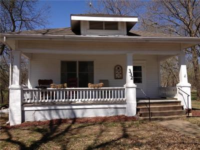 Baldwin City Single Family Home For Sale: 332 High Street