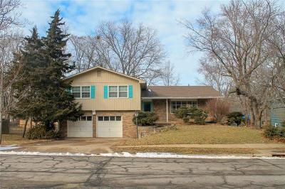 Lawrence Single Family Home Contingent: 2916 Santa Fe Lane