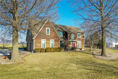 Kansas City Single Family Home For Sale: 15469 Kelley Road