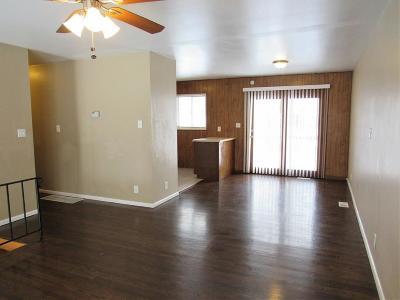 Kansas City Single Family Home For Sale: 8407 E 93rd Terrace