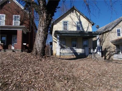 Single Family Home For Sale: 1515 Commercial Street