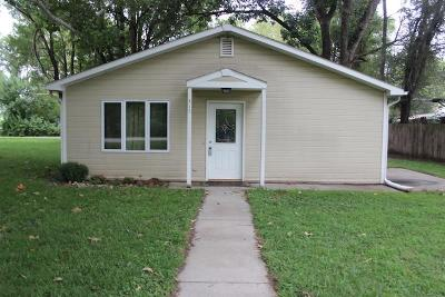 Riley County Single Family Home For Sale: 315 11th Street