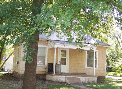 Riley County Multi Family Home For Sale: 1531 Colorado Street