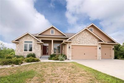 Riley County Single Family Home For Sale: 820 Locharno Drive