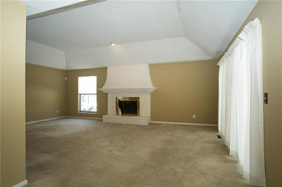 Overland Park Condo/Townhouse Show For Backups: 8717 Walmer Street