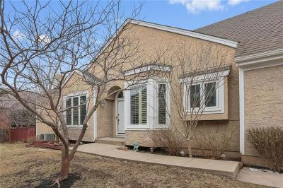 Overland Park Condo/Townhouse For Sale: 6828 W 125th Street