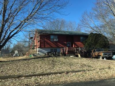 Pettis County Single Family Home Auction: 2803 Wesley Court