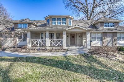 Leawood Single Family Home For Sale: 9219 Ensley Lane
