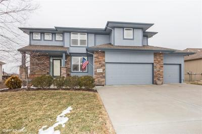 Single Family Home Sold: 10123 N Farley Avenue