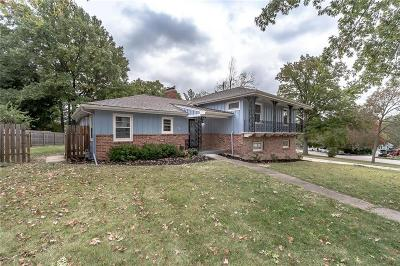 Kansas City Single Family Home For Sale: 3204 NW Oakcrest Drive