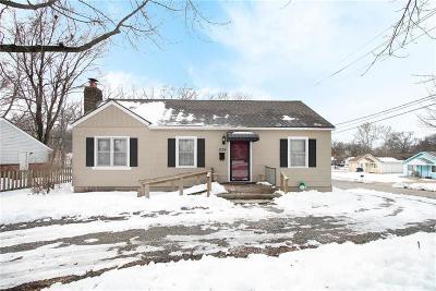 Olathe Single Family Home For Sale: 539 N Chestnut Street