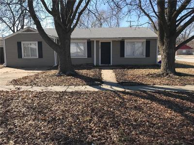 Raymore Single Family Home For Sale: 302 S Washington Street