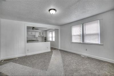 Single Family Home For Sale: 507 S Shaw Street