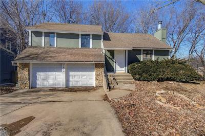Overland Park Single Family Home For Sale: 7414 W 55th Terrace