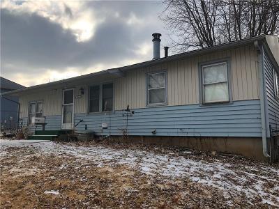 Jackson County Single Family Home For Sale: 19019 E 6th Street N
