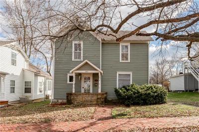 Paola Single Family Home For Sale: 303 E Wea Street