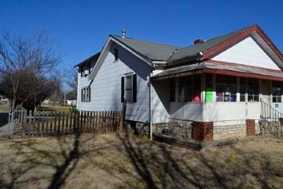 Jackson County Single Family Home Auction: 9310 E 36th Terrace