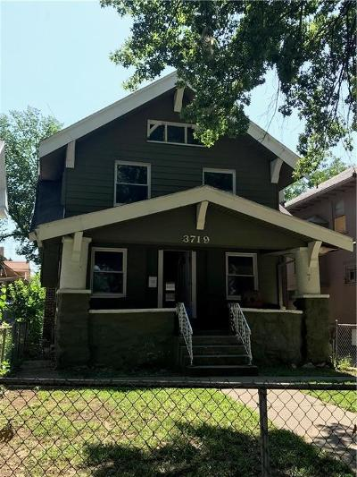 Kansas City Single Family Home For Sale: 3719 Benton Boulevard