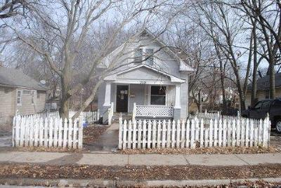 Single Family Home Auction: 719 N River Boulevard