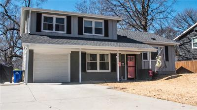 Overland Park Single Family Home For Sale: 8926 Eby Drive