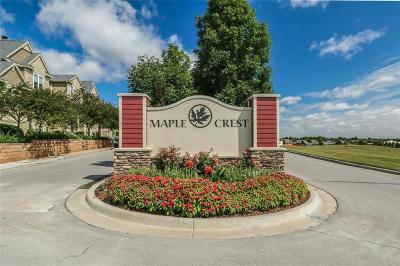 Overland Park Condo/Townhouse For Sale: 15805 Foster Street