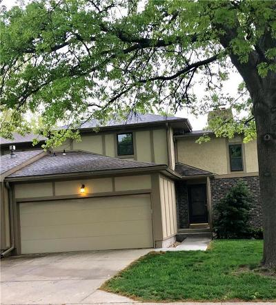 Overland Park Condo/Townhouse For Sale: 9617 Reeder Street