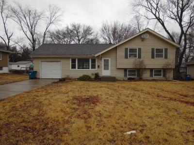 Gladstone Single Family Home Auction: 2804 NE 63rd Street