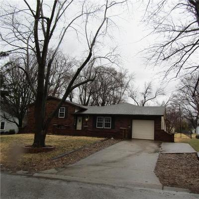 Shawnee Single Family Home Show For Backups: 11914 W 69th Street