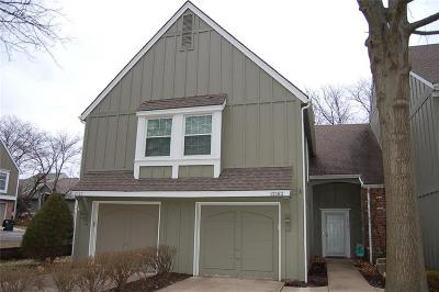 Overland Park Condo/Townhouse Show For Backups: 12167 Hayes Street