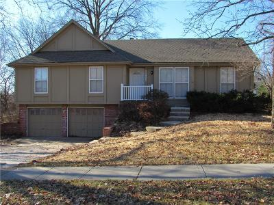 Lenexa Single Family Home For Sale: 11921 W 99th Street