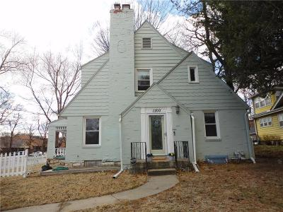 Kansas City KS Single Family Home For Sale: $171,900