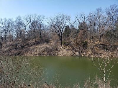Crawford County Single Family Home For Sale: 135 S 240th Street