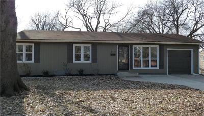 Johnson-KS County Single Family Home For Sale: 8720 Melrose Street