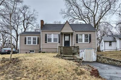 Kansas City Single Family Home For Sale: 2804 NE Parvin Road