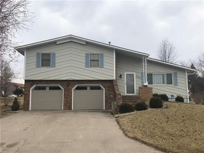 Brown County Single Family Home For Sale: 303 Mohawk-Commanche