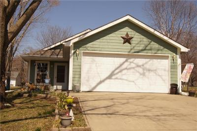 Baldwin City Single Family Home For Sale: 324 Dearborn Street