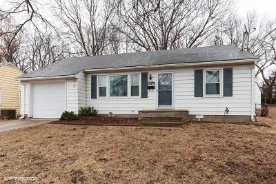 Shawnee Single Family Home For Sale: 6439 Switzer Lane