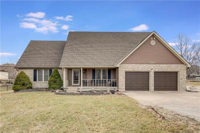 Lee's Summit Single Family Home For Sale: 11001 NE Blackwell Road
