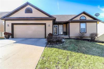 Cass County, Clay County, Platte County, Jackson County, Wyandotte County, Johnson-KS County, Leavenworth County Single Family Home For Sale: 1747 N Sunset Street