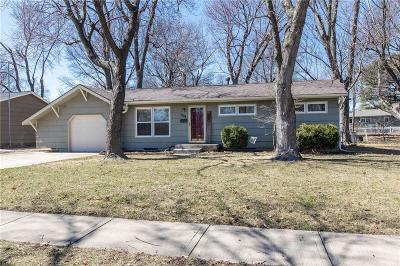 Shawnee Single Family Home For Sale: 7104 Melrose Lane