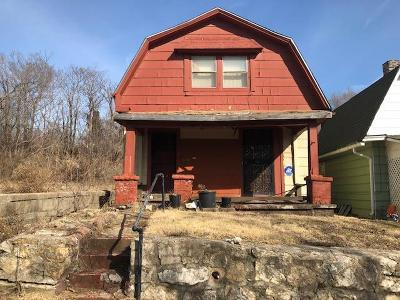 Kansas City Multi Family Home For Sale: 2311 Woodland Avenue