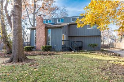 Lenexa Single Family Home For Sale: 10108 Gillette Street