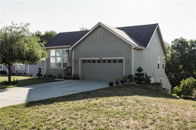 Lansing KS Single Family Home Show For Backups: $235,000