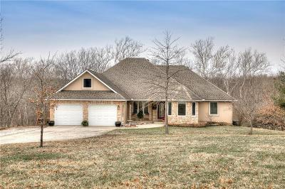 Single Family Home Sold: 17504 N 69 Highway