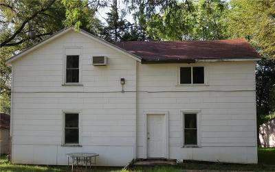 Riley County Multi Family Home For Sale: 2115 Elm Lane